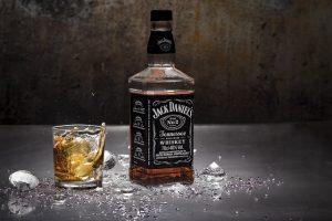 Amerikanischer Whiskey-180713072955
